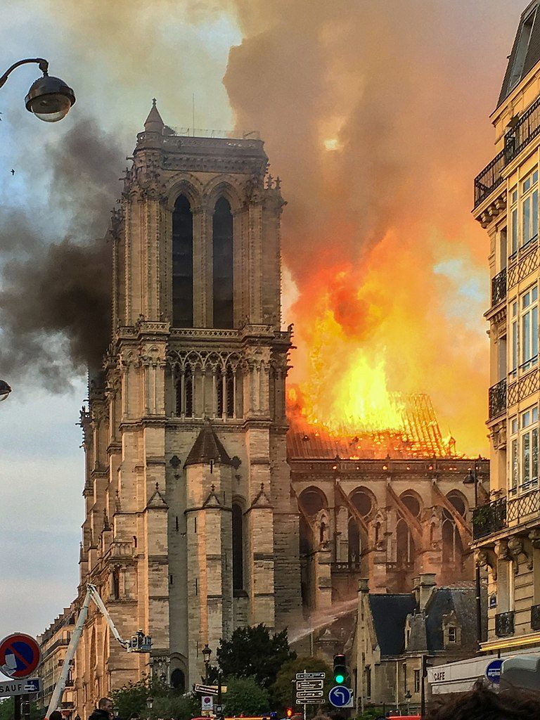 Brand Notre Dame Paris
